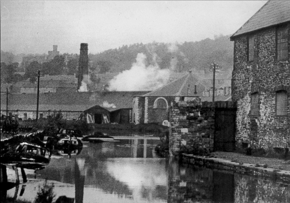 The Glamorganshire Canal Page 1