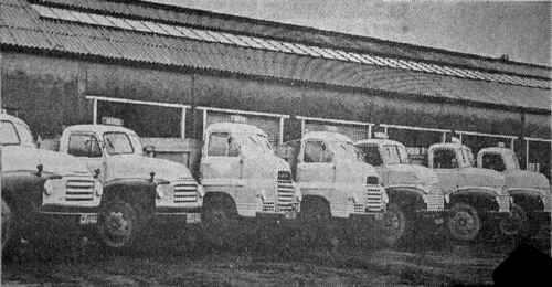 Vaynor_Quarries_Lorries.JPG (140163 bytes)